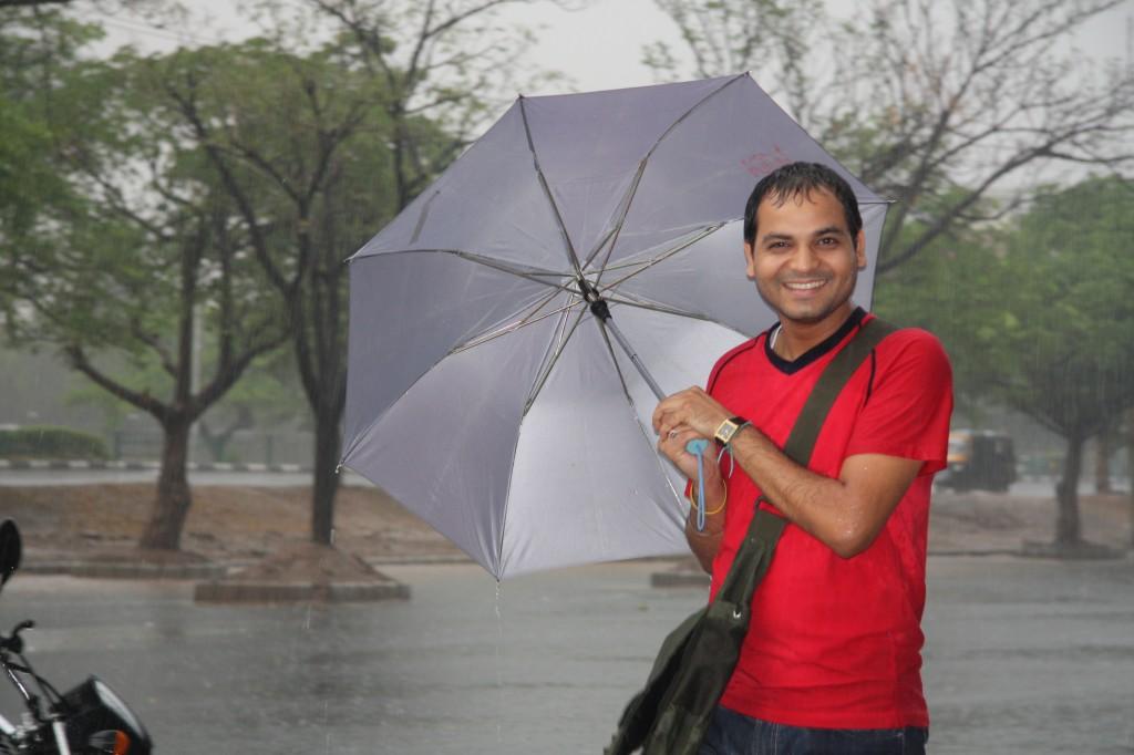 Vikal with Umbrella at Cueblocks